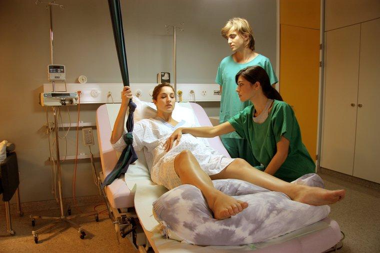 Помощь во время родов